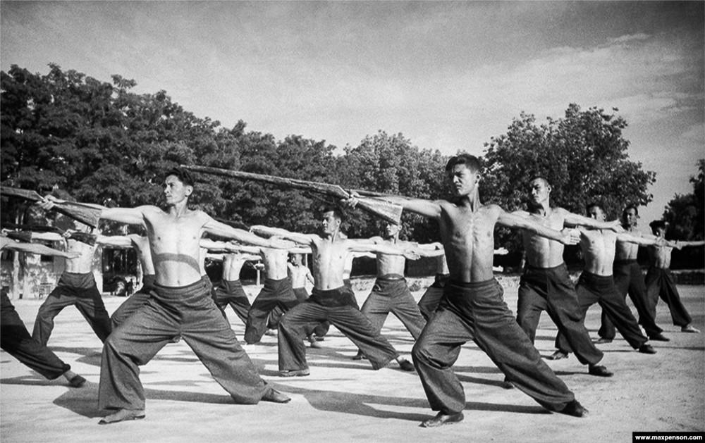 Классика советской довоенной фотографии 1900 1940 penson 1000 4