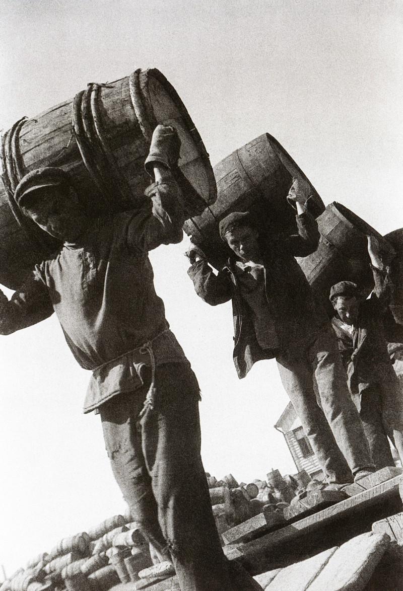 Классика советской довоенной фотографии 1900 1940 shagin 800 4