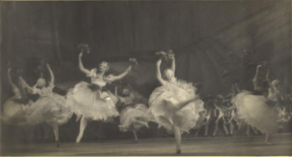 Классика советской довоенной фотографии 1900 1940 shterenbrg 1000 8