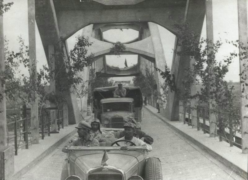 Классика советской довоенной фотографии 1900 1940 shterenbrg 800