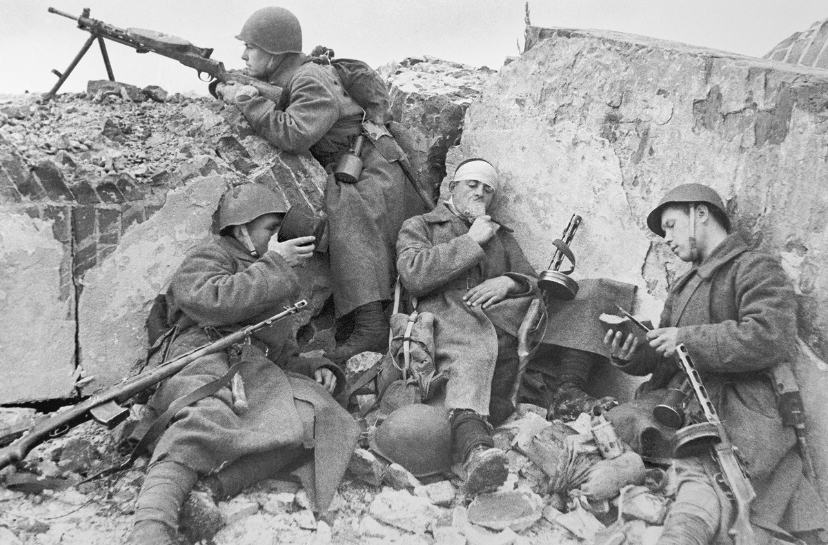 фронт и тыл Великой Отечественной на снимках советских военных фотографов alpert 1200