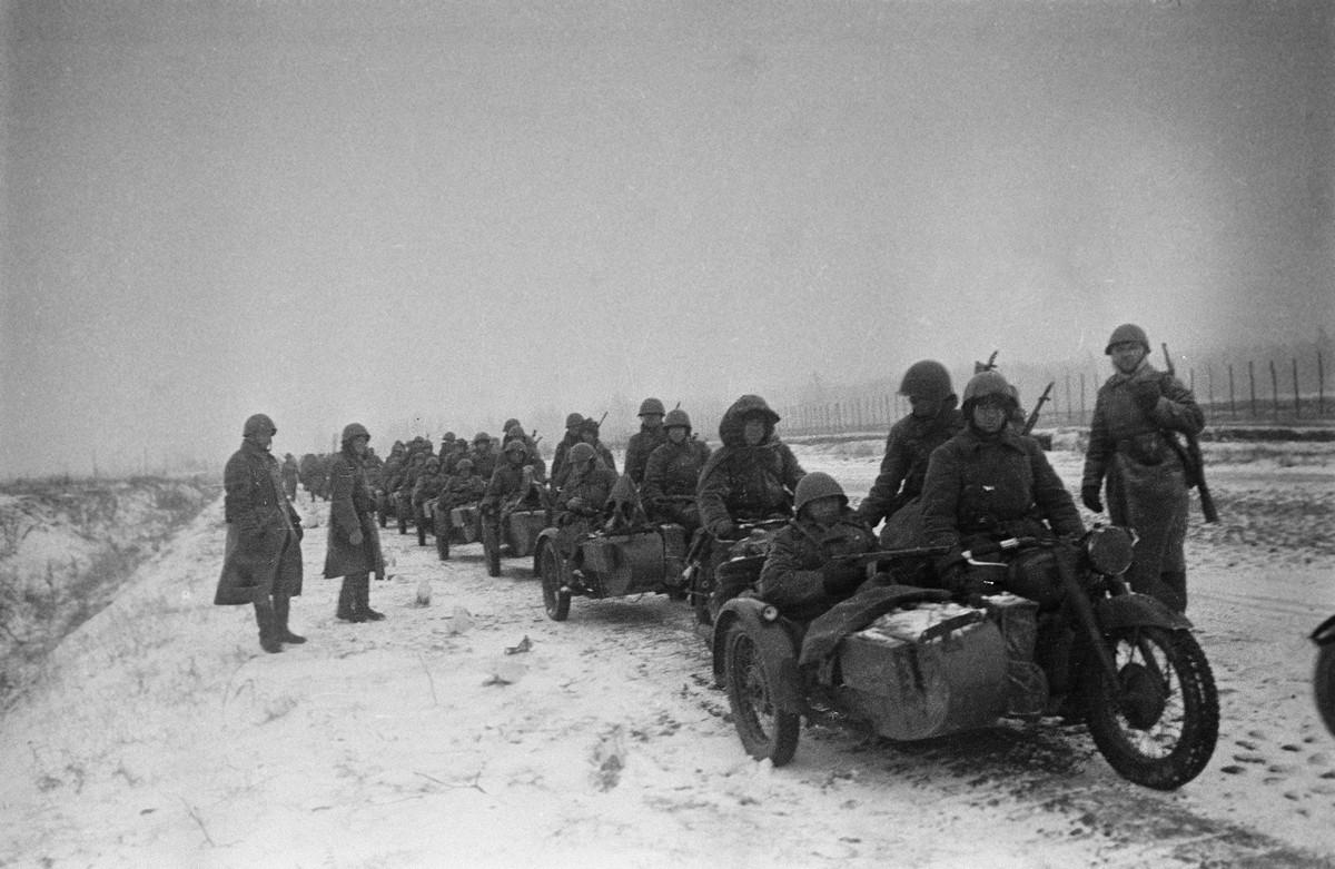 фронт и тыл Великой Отечественной на снимках советских военных фотографов fridlyand 1200