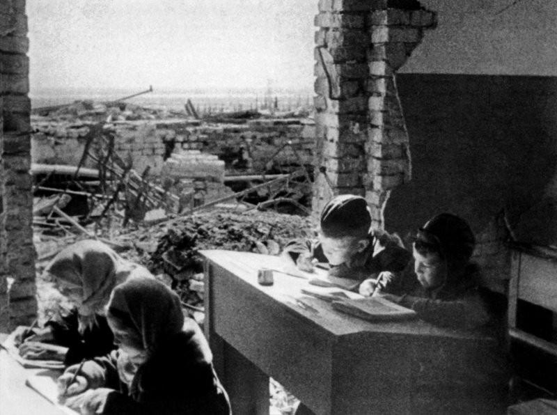 фронт и тыл Великой Отечественной на снимках советских военных фотографов fridlyand 800