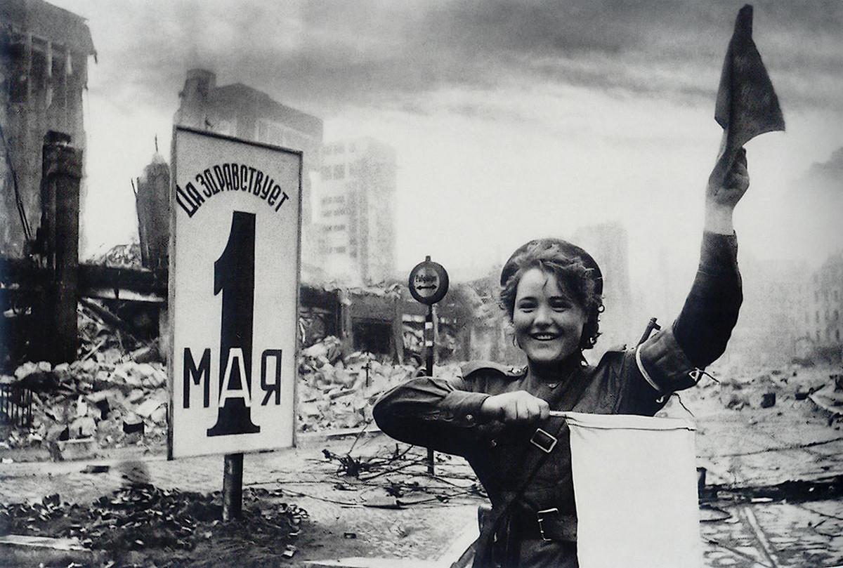 фронт и тыл Великой Отечественной на снимках советских военных фотографов haldey 1200 10