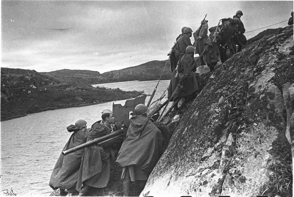 фронт и тыл Великой Отечественной на снимках советских военных фотографов haldey 1200 13