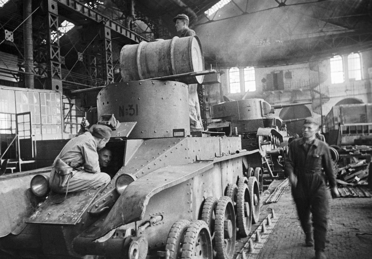 фронт и тыл Великой Отечественной на снимках советских военных фотографов halip 1200 2
