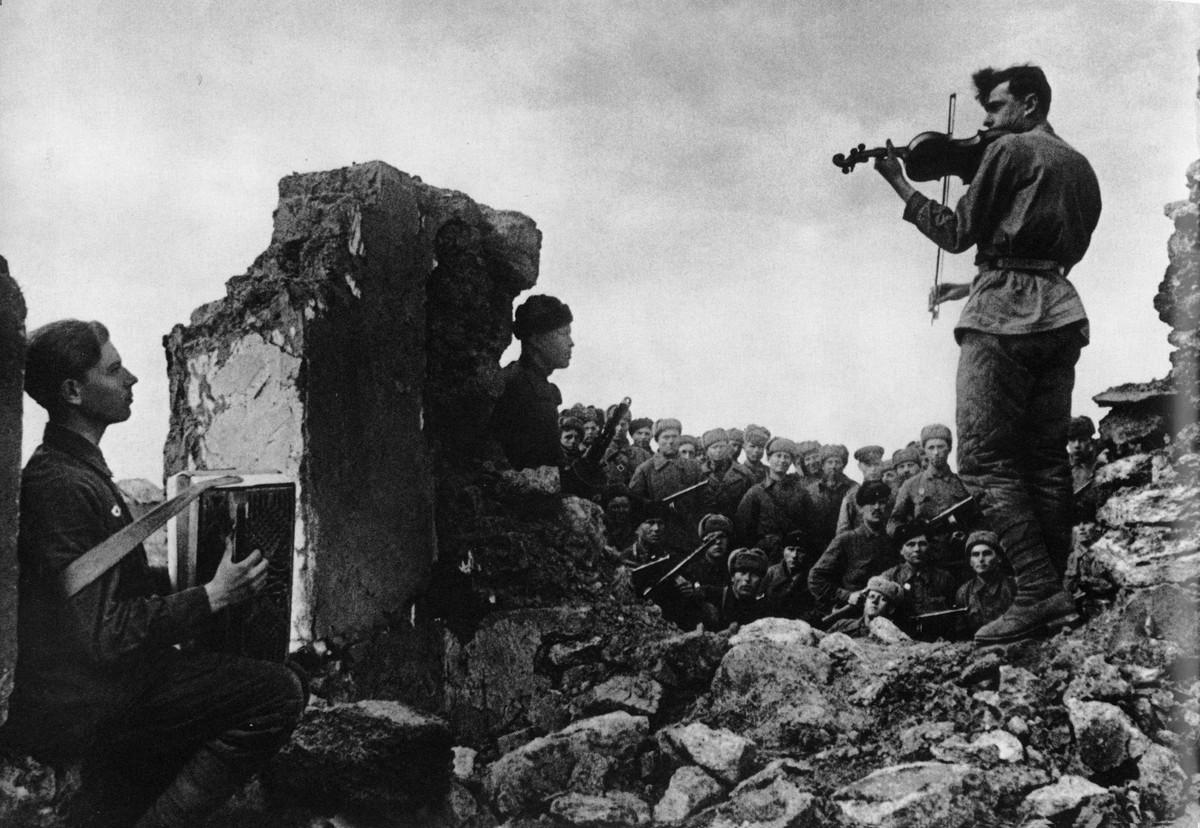 фронт и тыл Великой Отечественной на снимках советских военных фотографов halip 1200 5