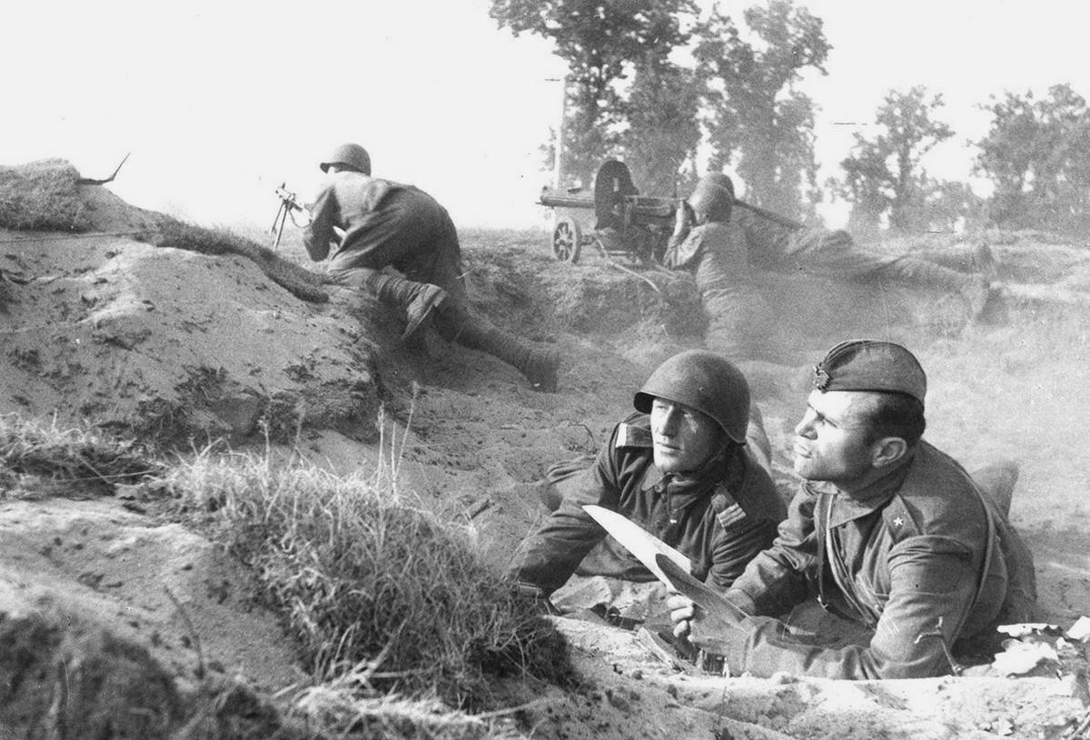 фронт и тыл Великой Отечественной на снимках советских военных фотографов zelma 1200 3