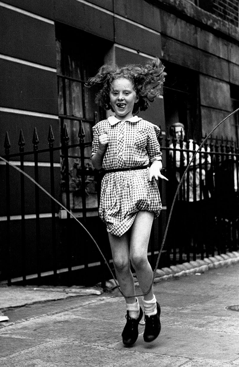 Британский фотожурналист Терстон Хопкинс 25