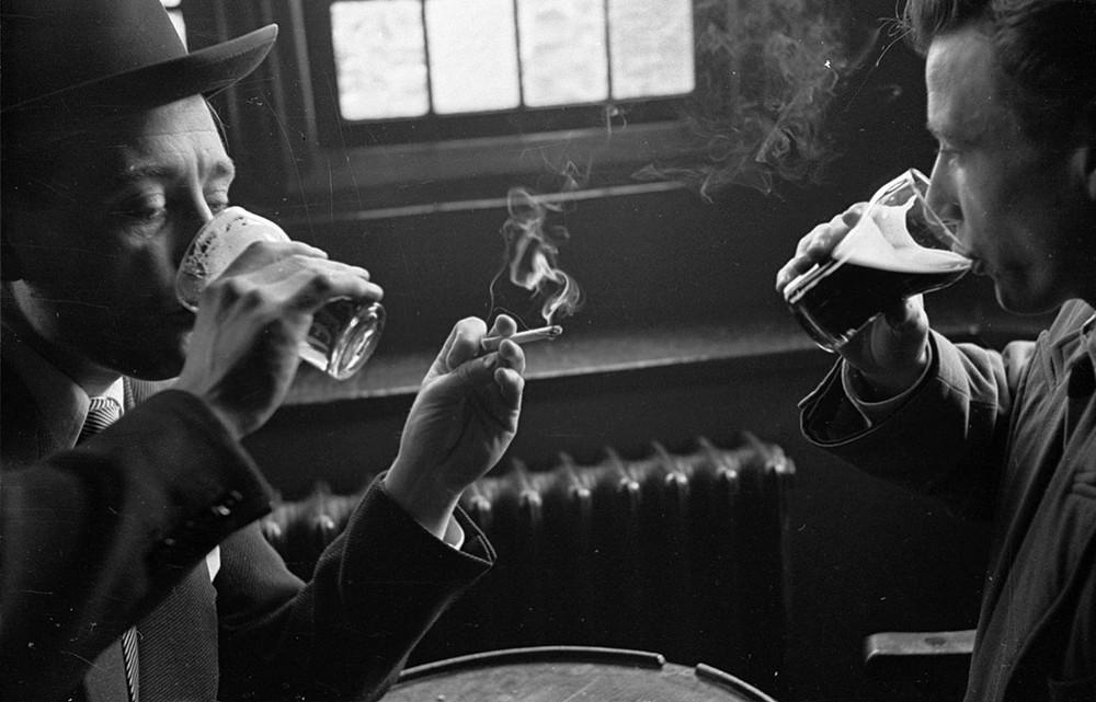 Британский фотожурналист Терстон Хопкинс 52