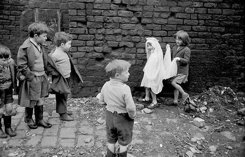 Британский фотожурналист Терстон Хопкинс 60