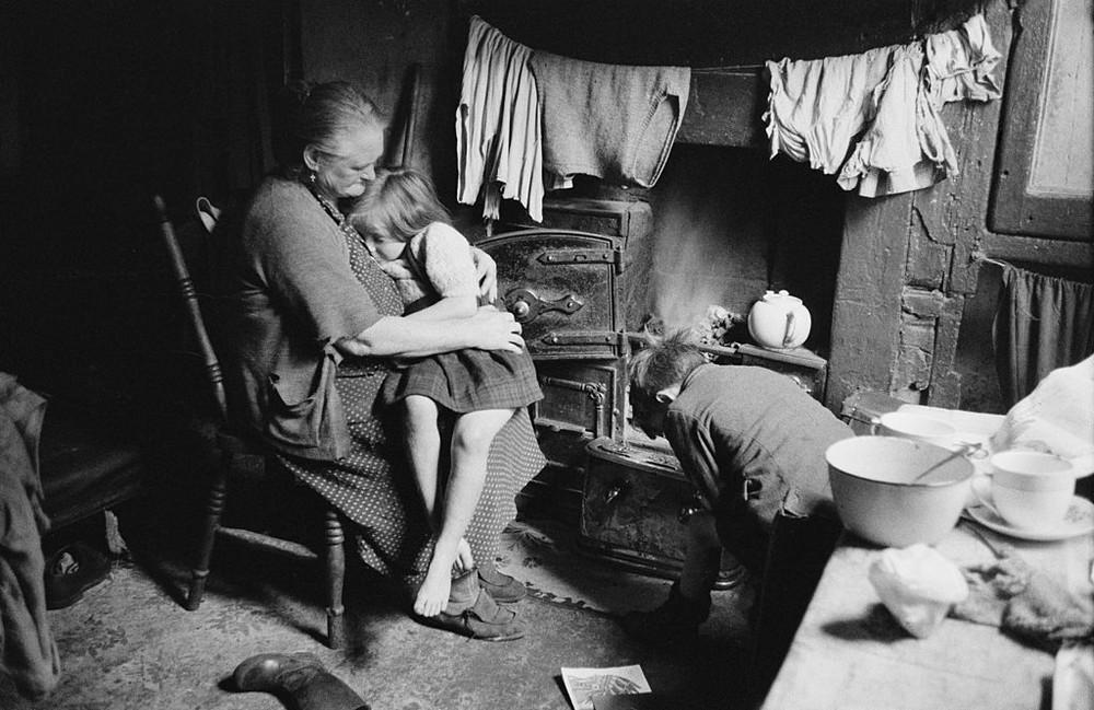 Британский фотожурналист Терстон Хопкинс 66