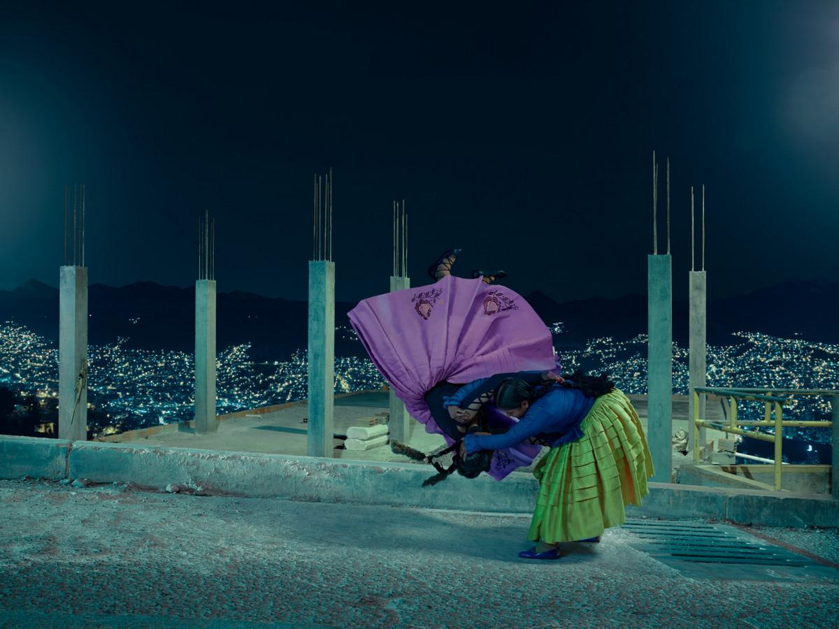 «Летающие чолиты»: боливийские женщины-борцы в фотографиях и видео  5