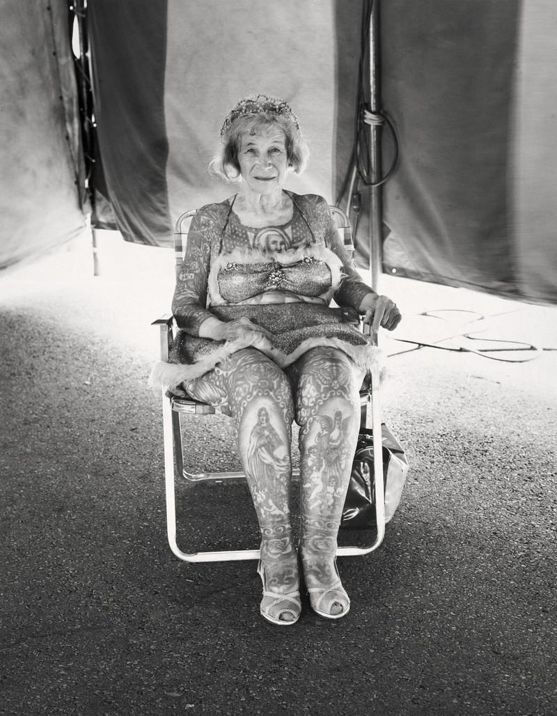 Американская история ужасов: реальные бродячие цирки в документальном фотопроекте Рэндала Левенсона 1971-81гг 15