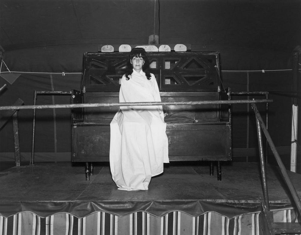 Американская история ужасов: реальные бродячие цирки в документальном фотопроекте Рэндала Левенсона 1971-81гг 24