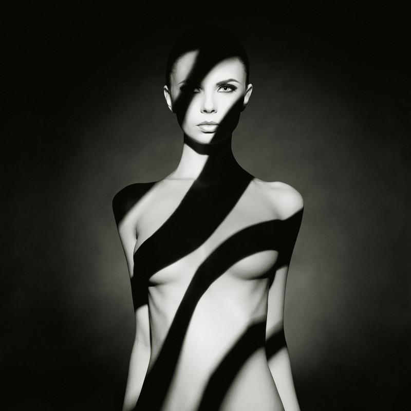 Фотограф Георгий Майер: либидо, мортидо и совершенная женщина  21
