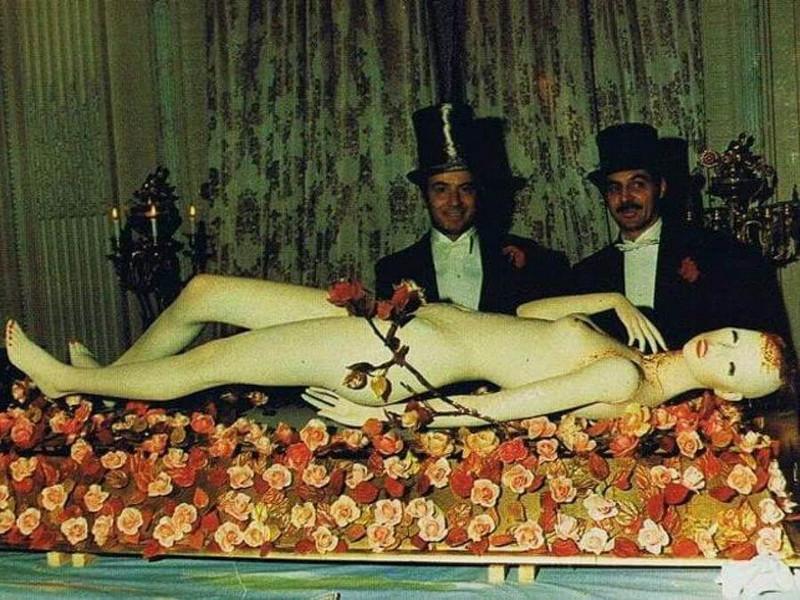 Фантасмагория и сюрреализм: бал у Ротшильдов в 1972 году  21