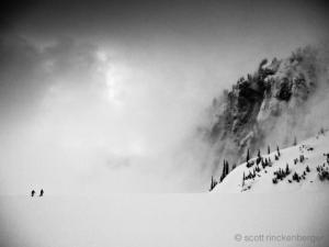Чёрно-белые горные пейзажи, в которых можно потеряться. Фотограф Скотт Ринкенбергер