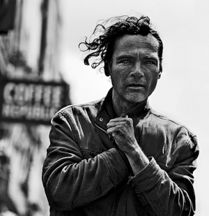 Обескураживающая портретная фотография от Бретта Уокера (Brett Walker)