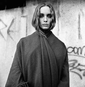 Смелые и своеобразные фотографии женщин Стефана Кутелля