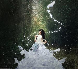 Убедительные сюрреалистические фотографии Катарины Юнг