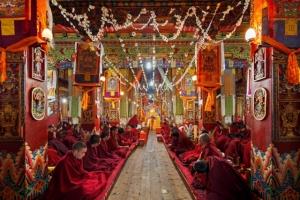 Буйство красок в буддистских монастырях Китая. Фотограф Колин Миллер