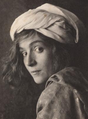Портретные фотографии Фреда Холланда Дея, который опередил своё время (1895-1911)
