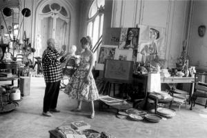 Знаменитые художники в своих студиях - 100 портретов
