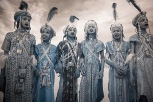 Кочевые племена Нигера в инфракрасных фотографиях Терри Голд