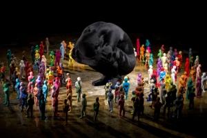 Не тесные человеческие связи в работах художницы Джун Ли