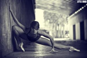 Танец в фотографиях Little Shao